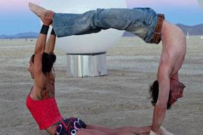 Acro Yoga, ponerse en forma con el Yoga Acrobático