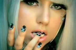 Lady Gaga pide disculpas