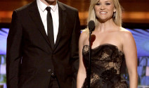 Reese Witherspoon y Robert Pattinson escenas de sexo fallidas
