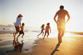 Cuidado con el sol en familia