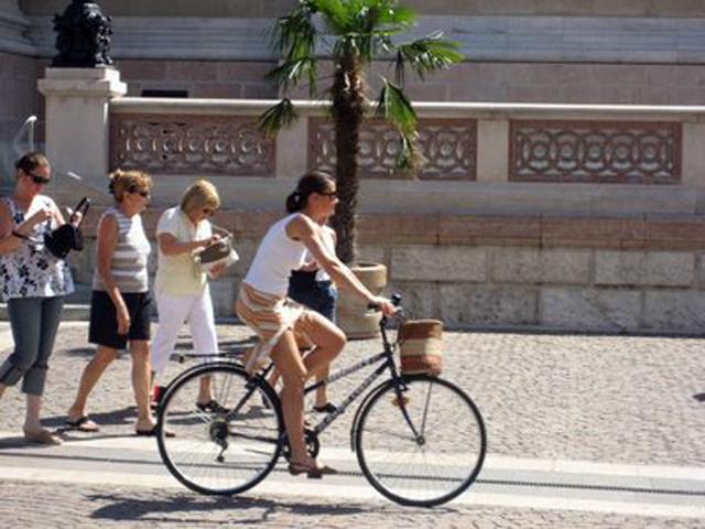 Andar en bicicleta ayuda a controlar tu peso