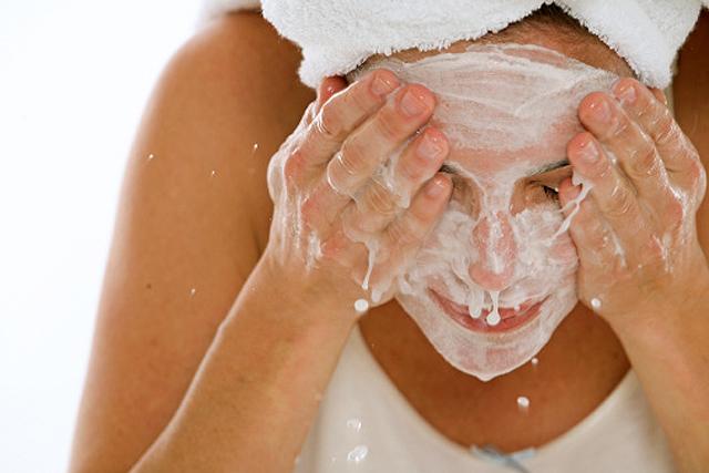 Limpieza diaria de la piel cutánea