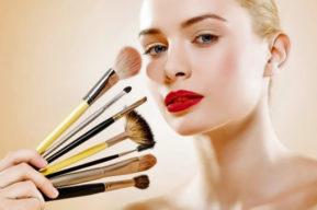 El tipo de maquillaje más favorecedor para una mujer
