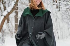 Abrigo y capa para el invierno
