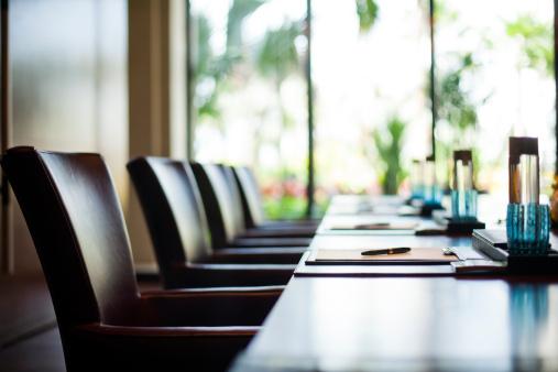 Vigila la postura al sentarte en la oficina