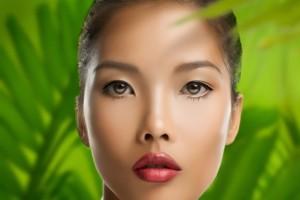 mujer maquillada