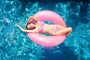¿Trabajas este agosto? Descubre 10 cosas que hacer en casa este verano