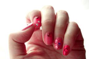 Esmalte de uñas para las fiestas de navidad y de Fin de Año