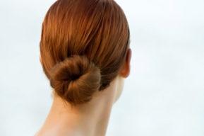 El moño trenzado, un estilo de peinado de cara a Fin de Año