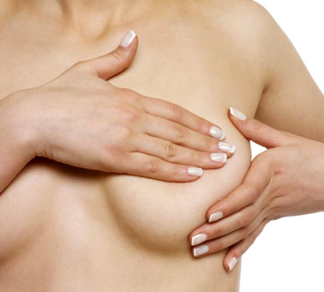 Las prótesis mamarias, una solución cada vez más en boga