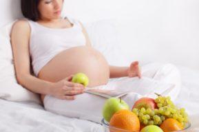 Un embarazo pone a prueba la relación de pareja