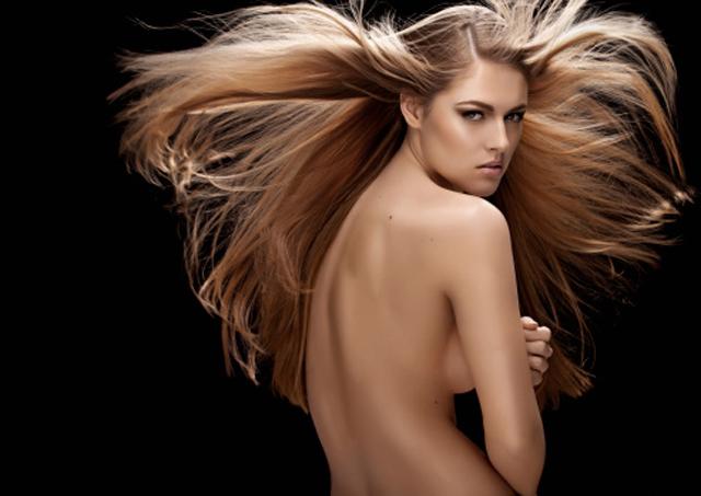 Consejos para peinar un cabello largo y voluminoso