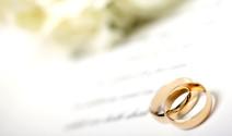 La elección de las alianzas para una boda
