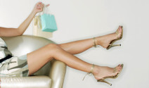 Zapatos de tacón alto para realzar la feminidad de la mujer