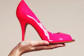 Como llevar zapatos de tacón alto y no morir en el intento