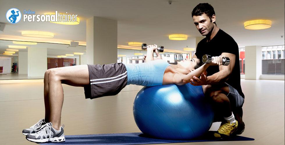 Cómo tener un cuerpo perfecto todo el año con la ayuda de un entrenador personal