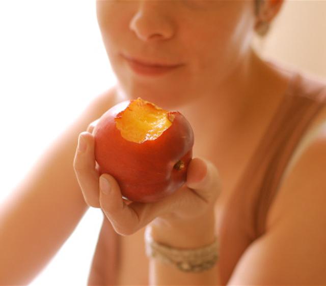 Beneficios y virtudes del melocotón en un régimen alimenticio