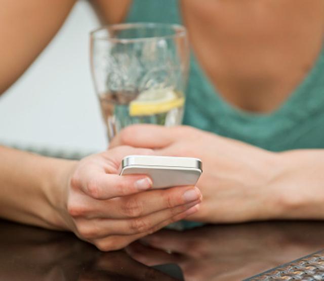 Recibir SMS ayuda a adelgazar