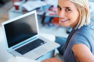 Cinco tips para ser más feliz en la oficina