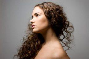 Consejos para cuidar tu cabello rizado
