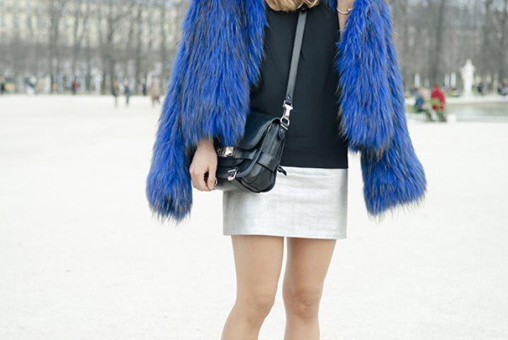 abrigos en tono azul