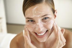 Cuidados para mantener una piel joven