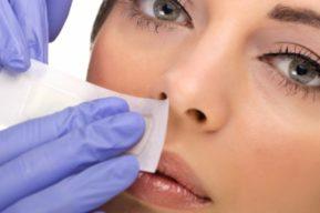 Vello facial, métodos de depilación