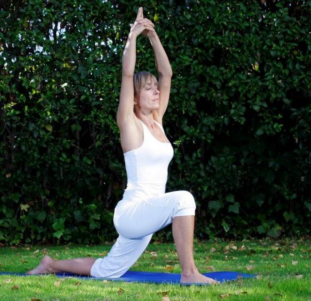 Mujer practicando Body Balance
