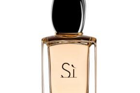 Dos perfumes de mujer