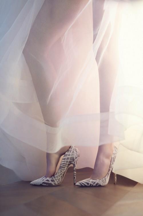 Zapatos de salón para novia con aplicaciones de cristales