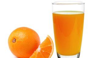 Smoothie de naranja para estar en forma y con energía