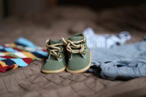 Consejos a la hora de comprar ropa para un niño