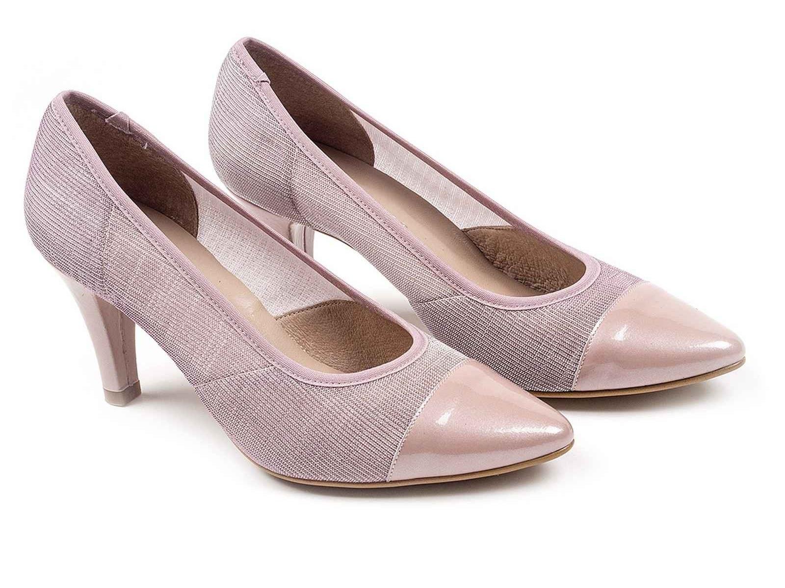 Cat logo d chicas de calzado para primavera verano 2017 for Zapatos por catalogo