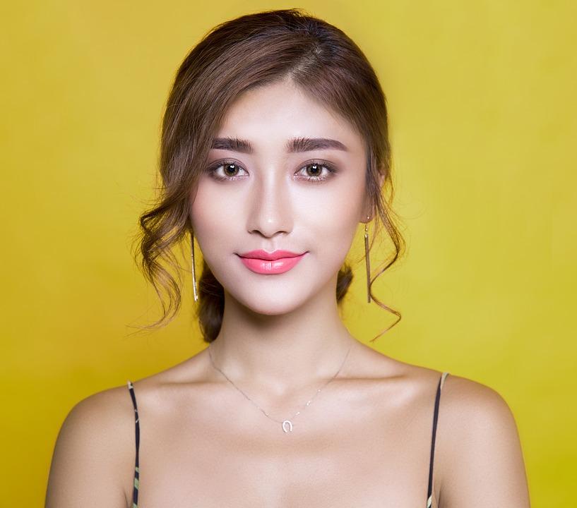 Cómo ser una youtuber de belleza
