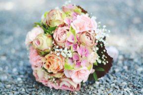 5 ventajas de los ramos de novia de flores artificiales