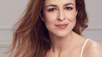 Silvia Abascal embajadora del Maquillaje Accord Parfait de L'Oréal Paris