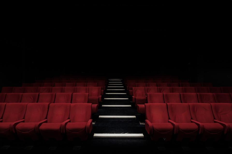 Seis razones para ir al teatro en familia