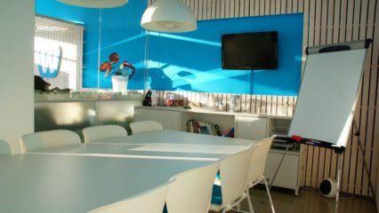 Ideas simples para hacer más agradable tu oficina