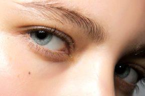 Consejos prácticos y sencillos para eliminar las bolsas de debajo de los ojos