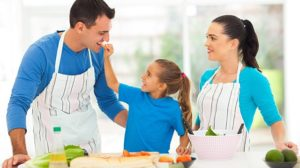 Ventajas de cocinar en familia