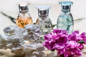Perfume y maquillaje símbolos y personalidad de cada mujer